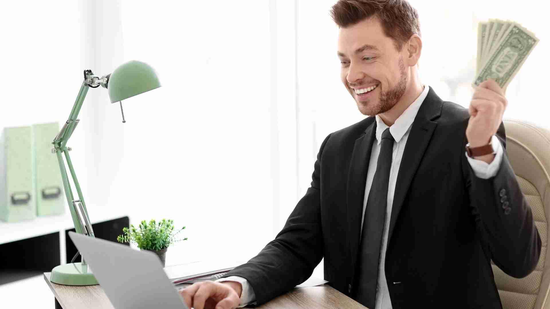 Analice toda la actividad financiera del negocio fácilmente con ayuda de Acumatica ERP y ClandBus