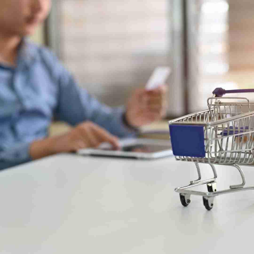 Características de BigCommerce -Aumente la productividad con desde su plataforma abierta