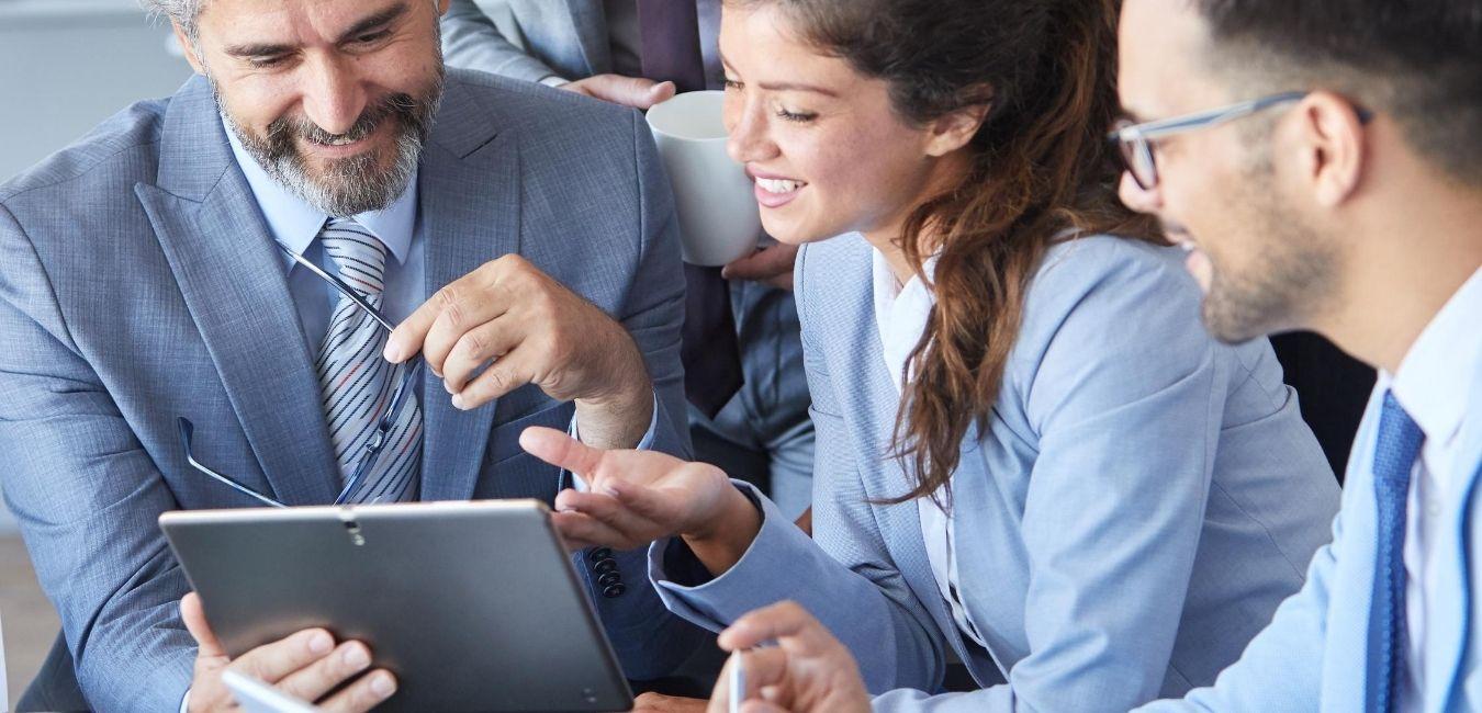 Impacto Económico Acumatica ERP-Con Acumatica invierte correctamente y elimina errores que solo detienen tu crecimiento con Asesoría de ClandBus