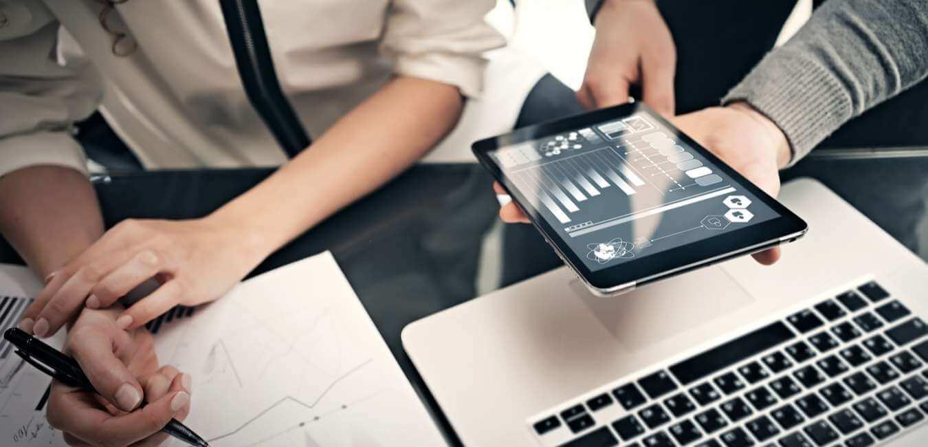 KPIs y reporteo de información - Toma las mejores decisiones de negocio con un Asesor de Confianza